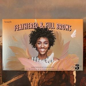 Benefit Feathered & Full Brows Kit (Shade 5)